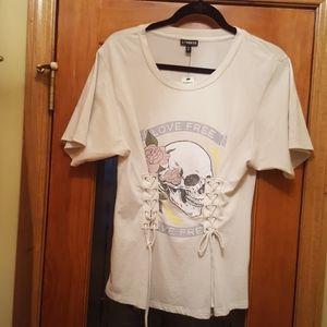 Express Love Free Skull T-Shirt